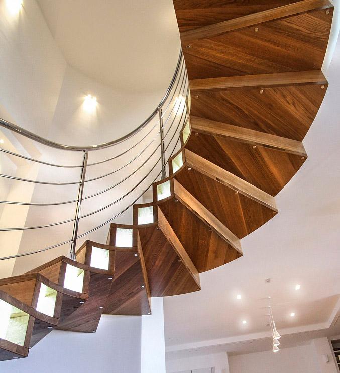 scala-compon-in-legno